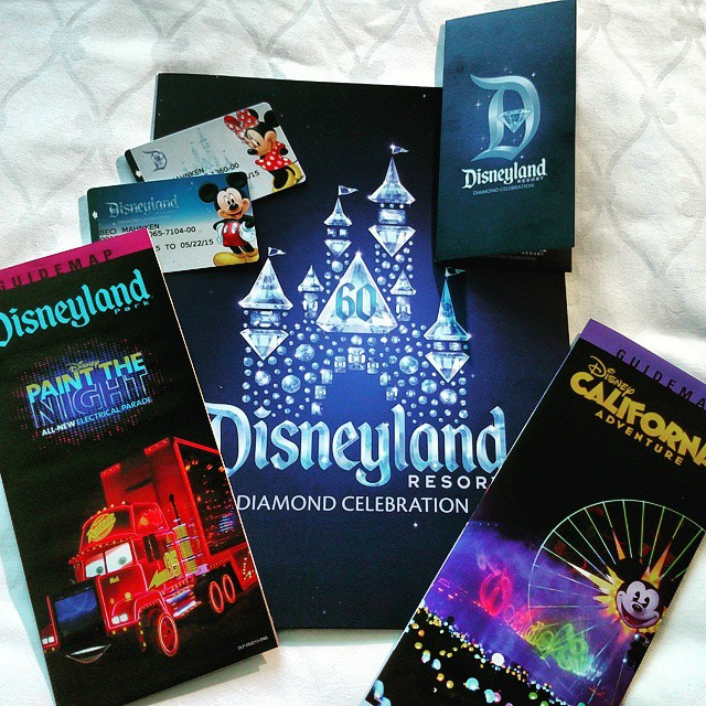 New Diamond themed room keys, folders & maps at Disneyland Hotel for